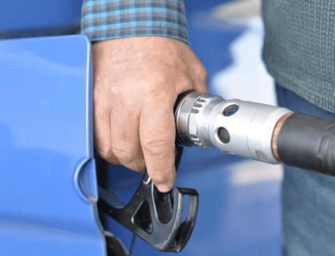 자동차 연비 지켜주는 기름값 절약 습관 5