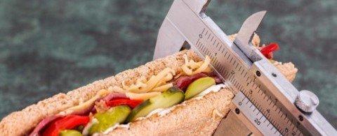 다이어터 필수템, 가볍게 먹는 저칼로리 인기 간식 다섯 가지!