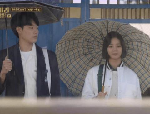 영화 독전으로 돌아온 배우 '류준열', 변화무쌍한 모습을 보여준 영화 BEST 7