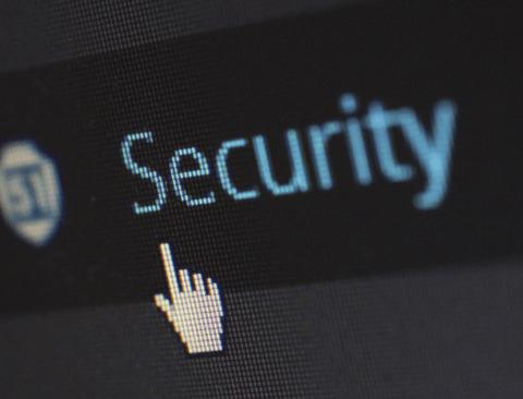 우리의 스마트폰은 안전할까요? 스마트폰이 해킹되고 있다는 5가지 신호