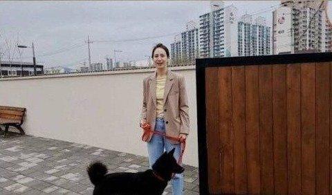 강형욱이 강아지 훈련시키는 건물 클라스 ㄷㄷ .jpg