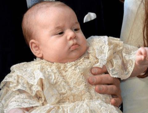 [스압] 영국 왕실의 아기들의 세례복