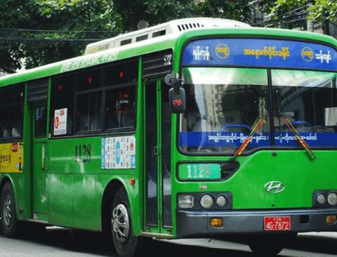 해외로 수출된 한국 중고 버스들