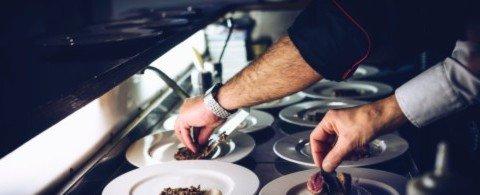 배테랑 요리사 연봉 2억! 해군들의 식사를 책임지는 잠수함요리사