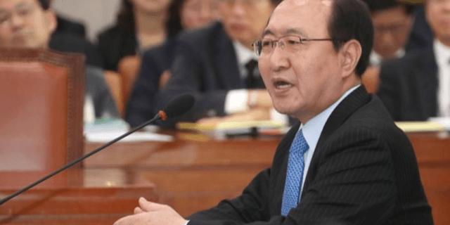 '법무부 VS 강원랜드' 채용비리 의혹, 노회찬 의원 동반 사퇴로 맞대응