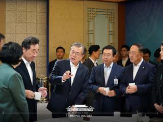 """日 수출규제 100일, """"정부·기업·국민 잘 대처해왔다"""""""