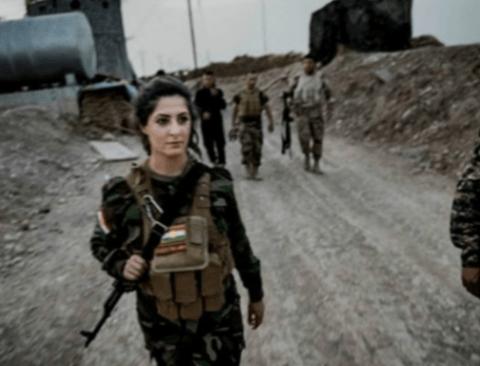 IS 대원 100명 사살해 11억 현상금 걸린 여성 스나이퍼