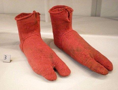 5,000년전 신발? 세상에서 가장 오래된 생활용품 BEST9