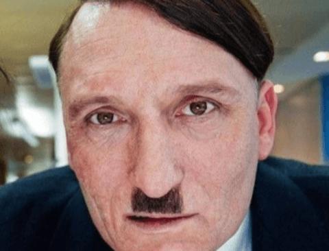독일에서 히틀러로 변장하고 돌아다니면 일어나는 일