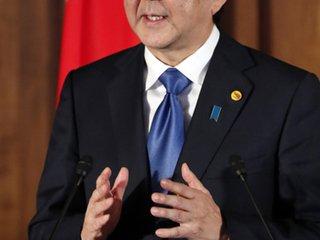 """美 압력에 굴복 아베 '지소미아' 황당 주장...靑 """"일본 측 사과했다"""""""
