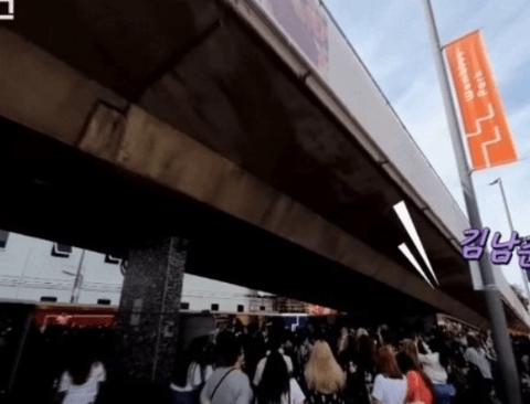 (스압) 팝의 성지 웸블리 점령한 진격의 방탄소년단