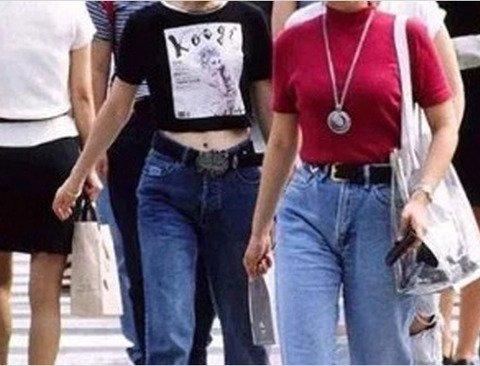 어느새 다시 돌아온 '90년대 패션' (소름주의)
