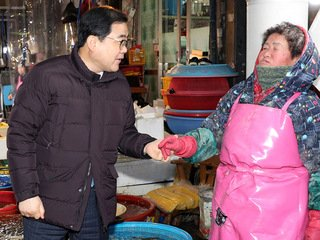 허성무 시장, 경찰·기업·상인 찾아 '민생 광폭 행보'