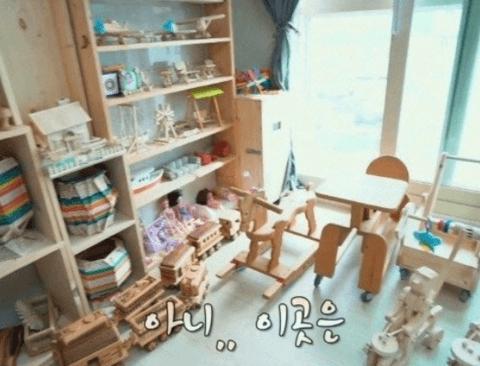 [스압] 손녀에게 줄 나무 장난감 직접 만드시는 할아버지