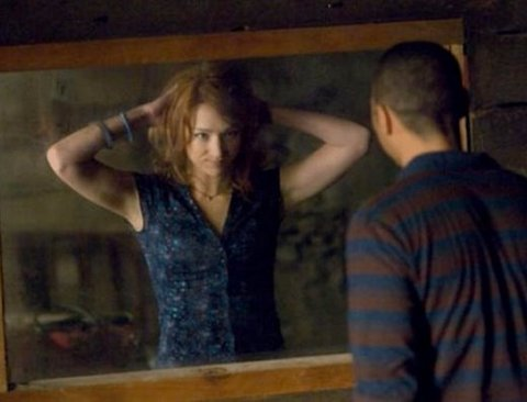 """""""몰카 거울vs진짜 거울"""" 구분하는 쉬운방법"""