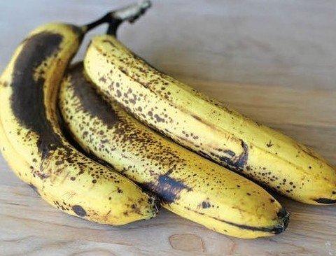 당신이 당장 냉장고에서 빼내야 할 음식 14가지