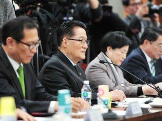 """曺 """"아내 배려 차원에서 전화""""...박지원 """"개입은 아냐, 부적절"""""""