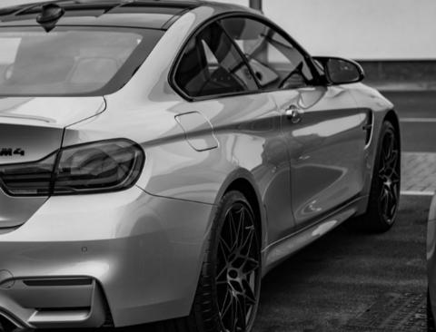 진작에 나타났어야 했던, 'BMW M4 컴페티션 패키지'