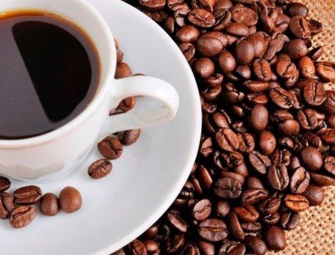 커피에 '이것'만 넣으면 살 빠진다.