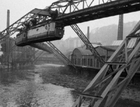 독일에 있는 세계 최초의 모노레일