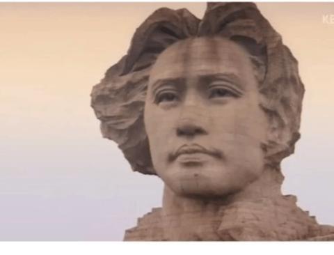 중국인들이 생각하는 마오쩌둥.jpg