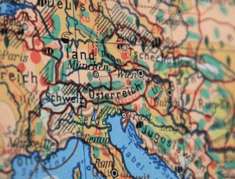 낭만과 역사가 살아 숨쉬는 동유럽, 자유여행으로 추천하는 여행지 BEST 5