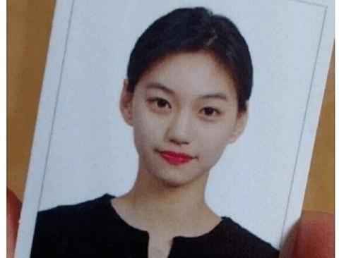 여자 아이돌 증명사진 모음.jpg