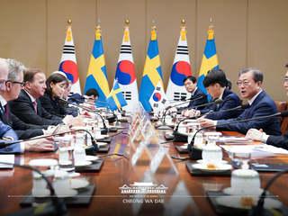 """스웨덴 정상회담 文 대통령 """"살트셰바덴 정신, 한국에도 이어지길"""""""