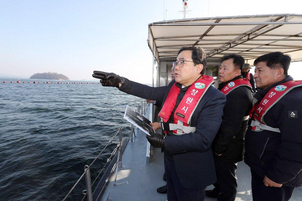 창원 대도약과 대혁신의 첫 신호탄, 바다에서 나온다 (기획관)  (2).jpg