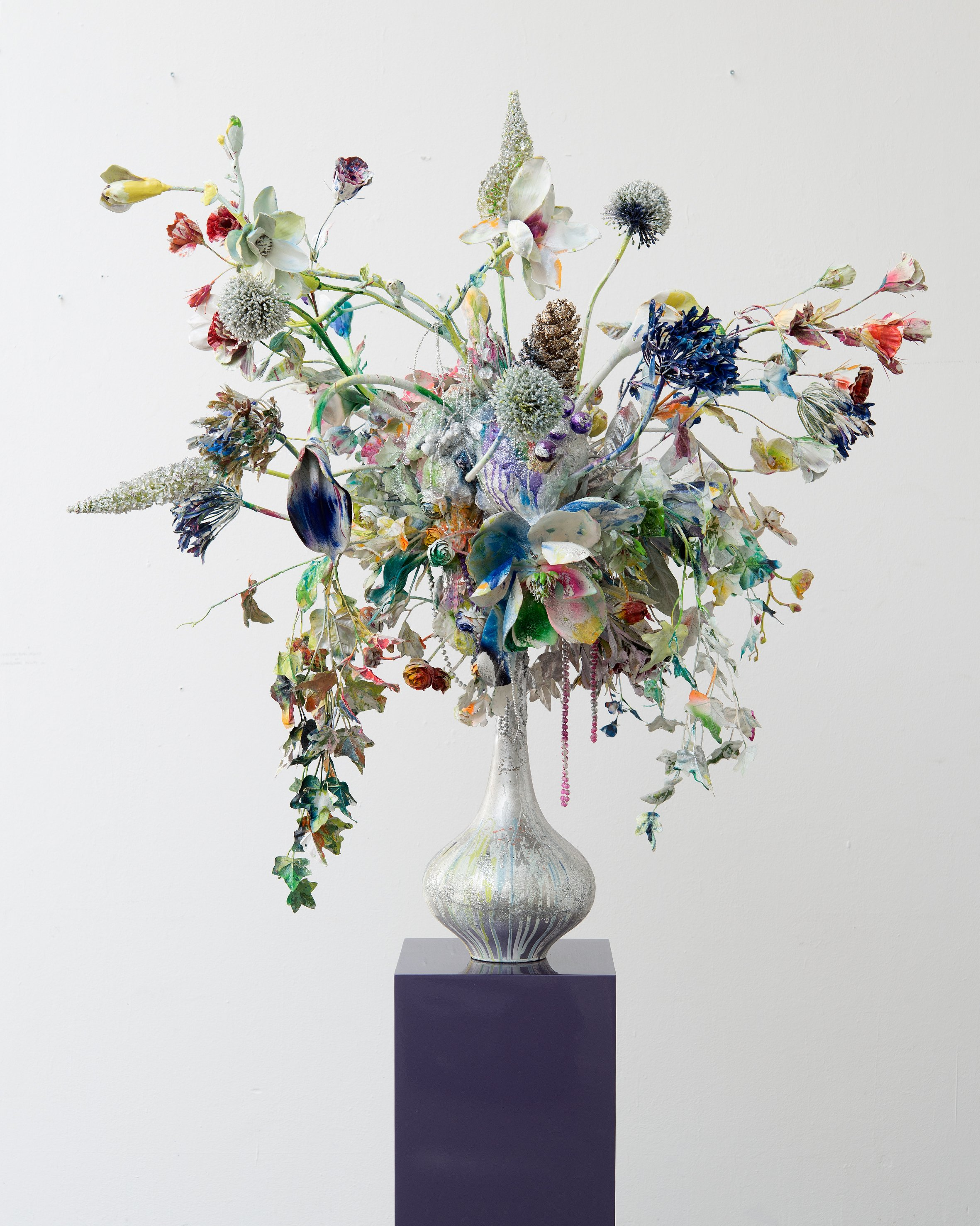 Substrat Mauritius, Ceramic, Glass, Mixed Media, Glitter, Zirkon, Lacquer, 110x100x100cm, 2013.jpg