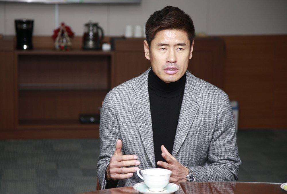 경남FC설기현감독.jpg