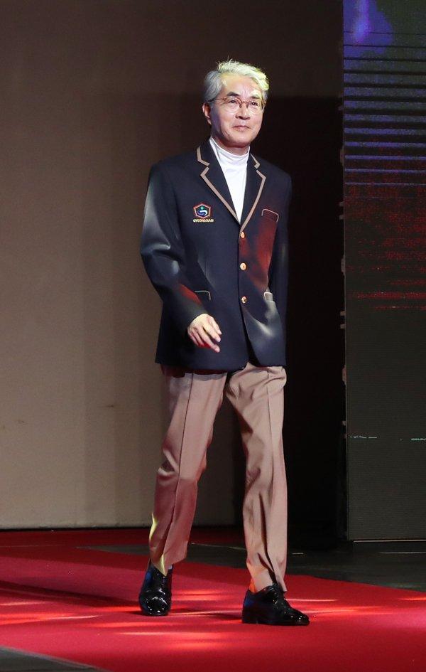 4-4 편한 교복 패션쇼.JPG