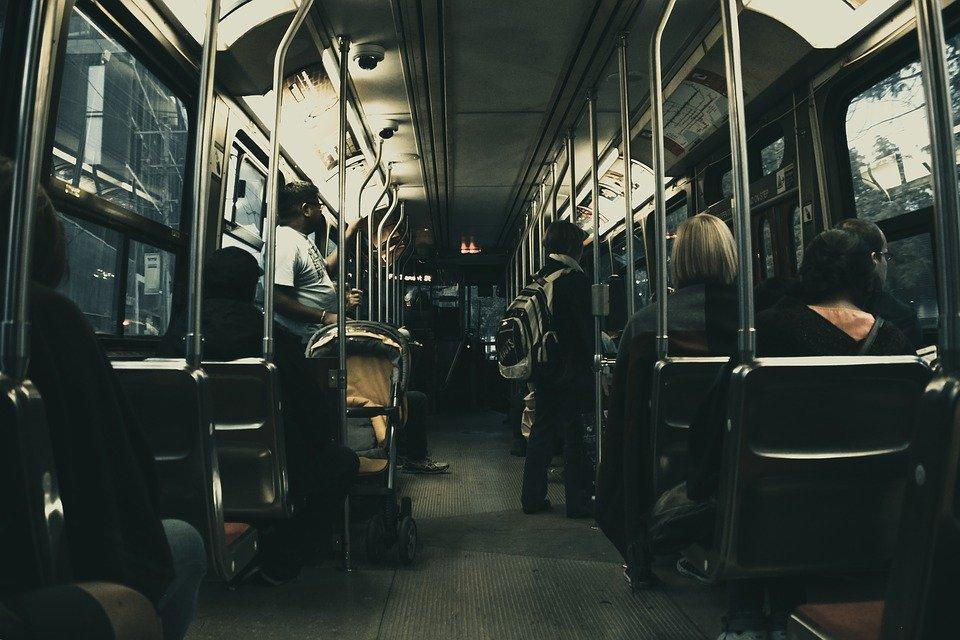 bus-1868507_960_720