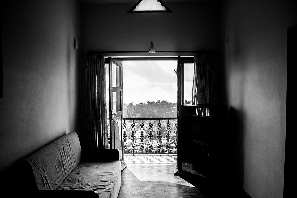 room-984076_960_720